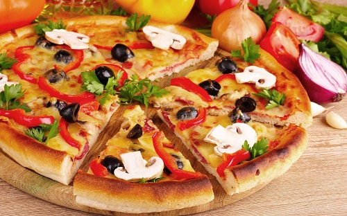 học làm bánh pizza
