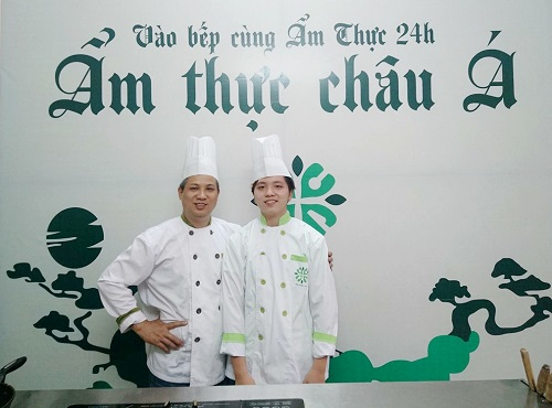 Đặng Trung Hiếu lúc còn học đầu bếp chuyên nghiệp tại trung tâm